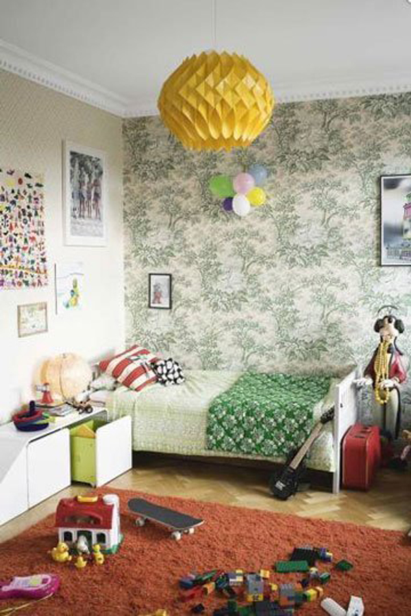 Green gender-neutral kids rooms on Growing Spaces | image via apartmenttherapy