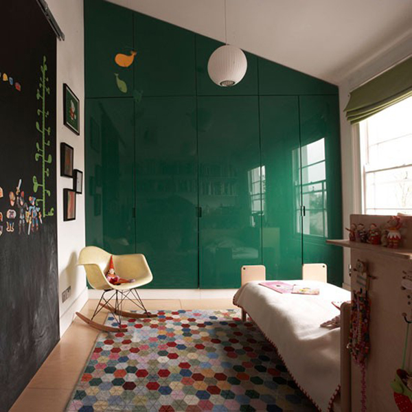 Green gender-neutral kids rooms on Growing Spaces | image via housetohome