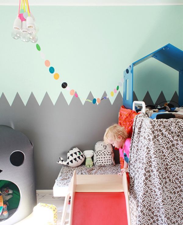 Green gender-neutral kids rooms on Growing Spaces | image via hus&hem