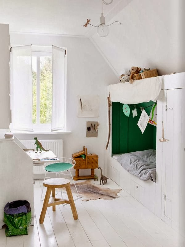 Green gender-neutral kids rooms on Growing Spaces | image via myscandinavianhome