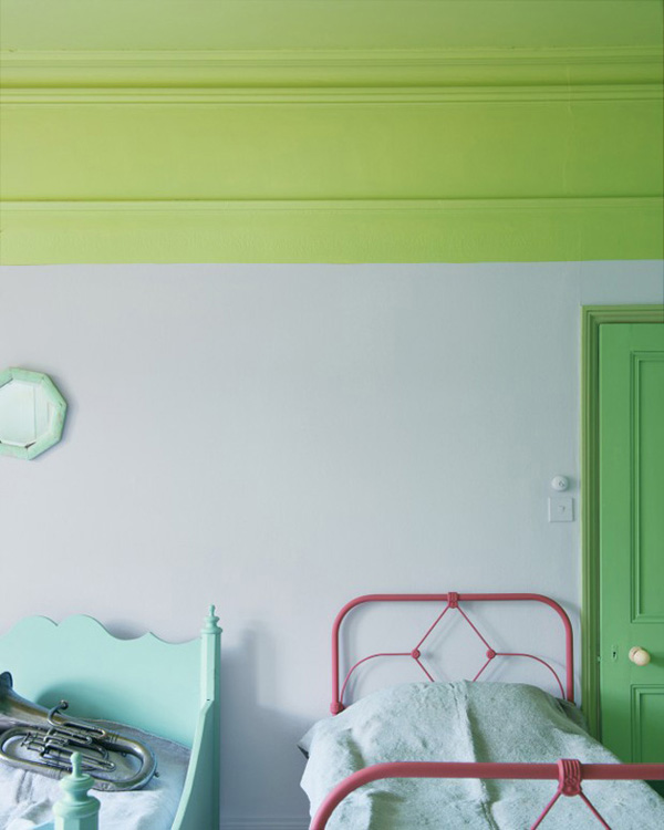 Green gender-neutral kids rooms on Growing Spaces | image via plentyofcolour