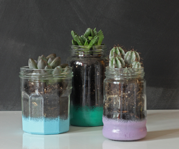 {Make it} DIY painted glass jar planters
