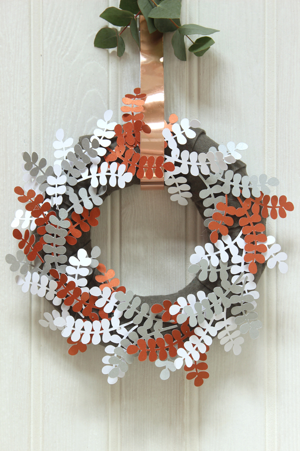 Metallic papercut Christmas wreath | Growing Spaces