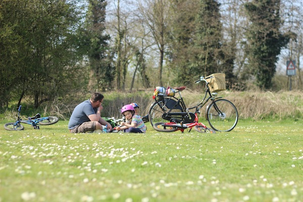 Family-friendly cycling: The Kennet & Avon canal cycle route
