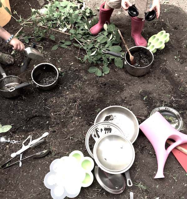 Muddy play | Growing Spaces