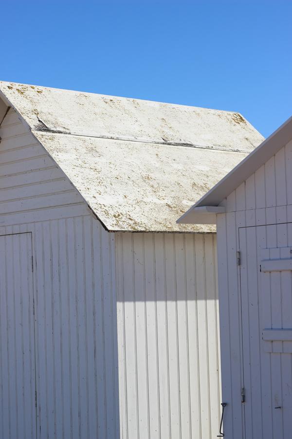 Beach huts at Berniere-sur-Mer | Growing Spaces