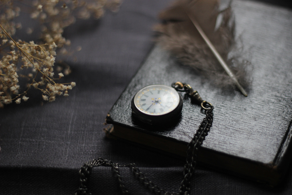 pocket watch 600