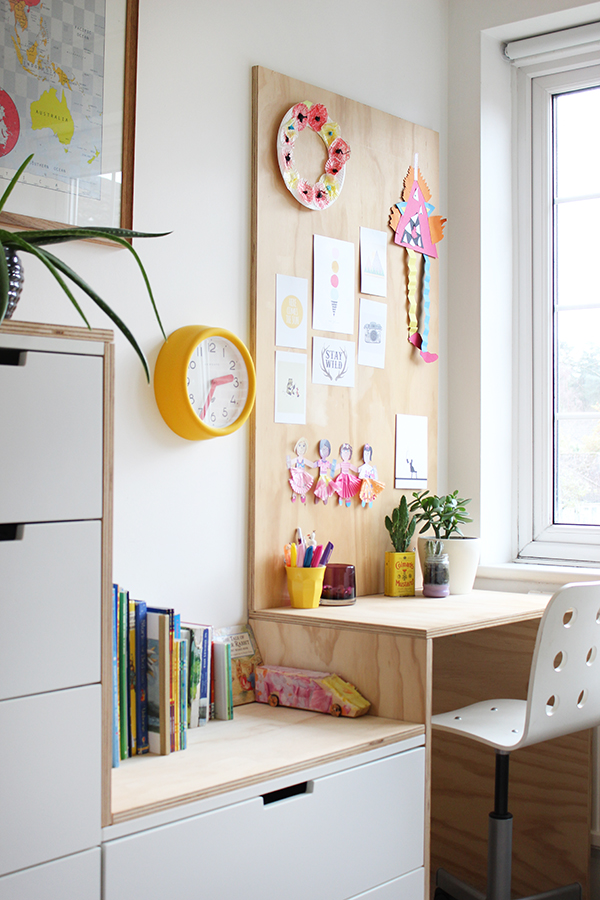 Plywood desk in a kid's bedroom | Growing Spaces