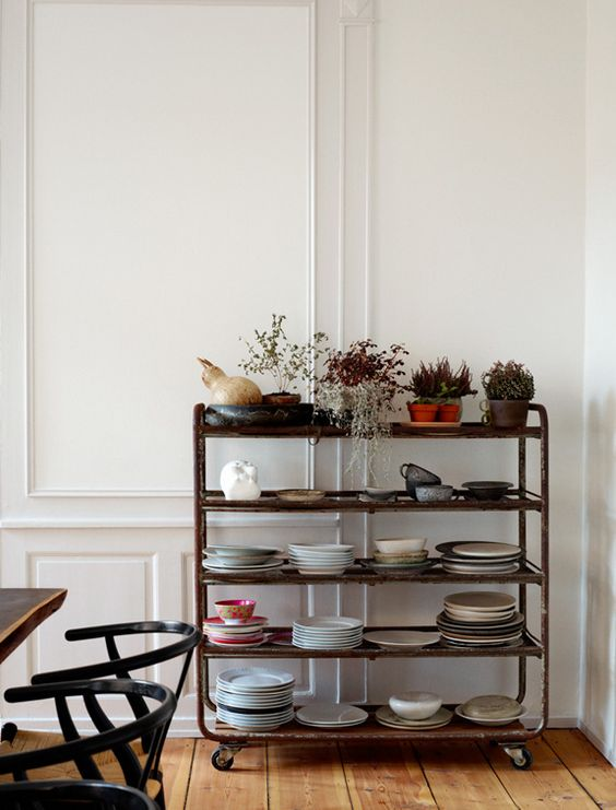 7 things to display on open shelving - plates | Growing Spaces