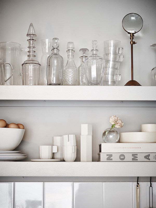 7 things to display on open shelving - glassware | Growing Spaces