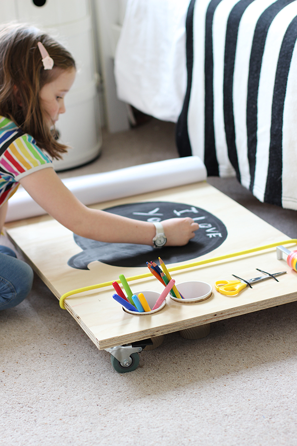 DIY kids art table on wheels