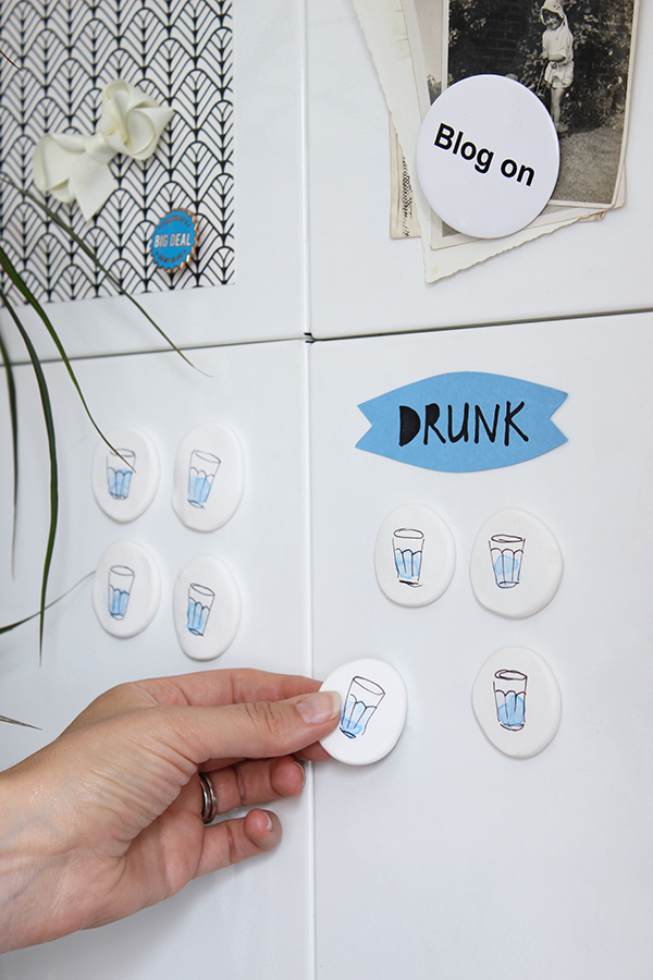 How to remind myself to drink more water - DIY water tally magnets