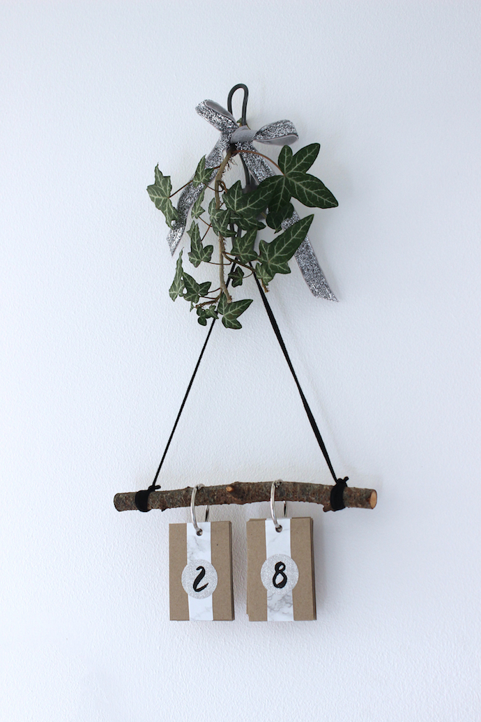 DIY flip Christmas countdown | Growing Spaces
