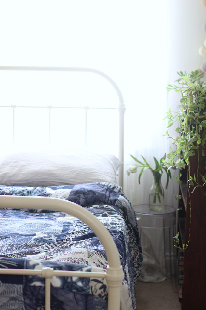 Indigo blue bed linen | Growing Spaces