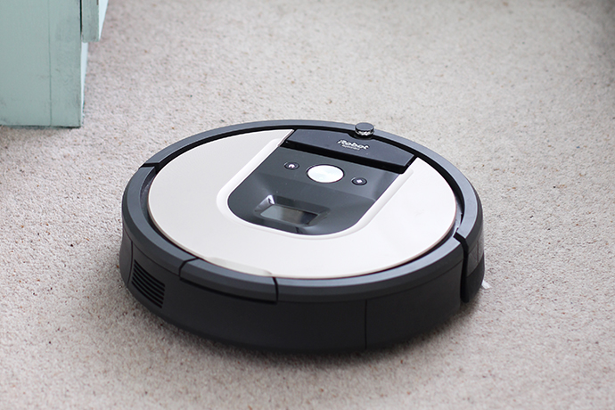 Review: Save time on housework with the iRobot Roomba 966